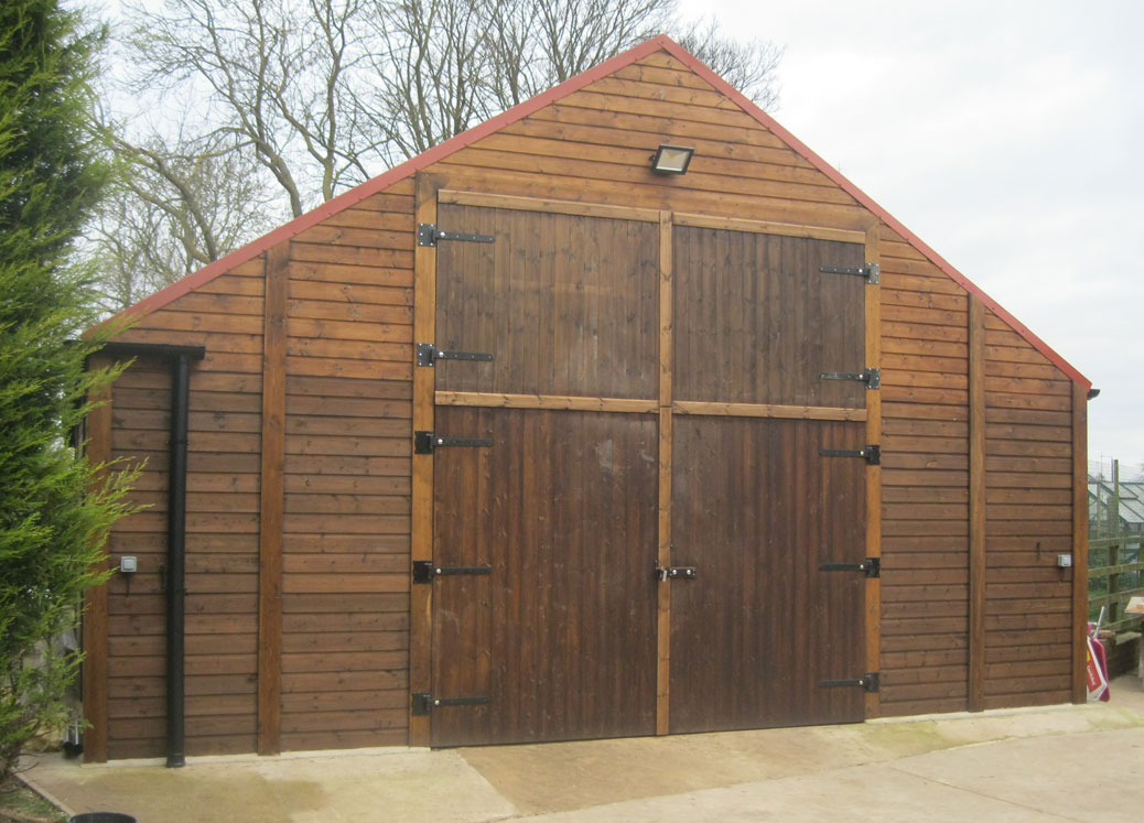 Timber barn with closed doors