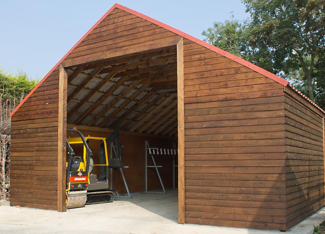 Timber Barn with Roller and Mini Digger